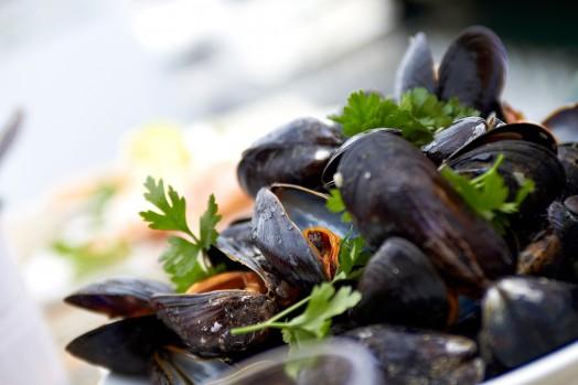 Tillagade musslor med persilja